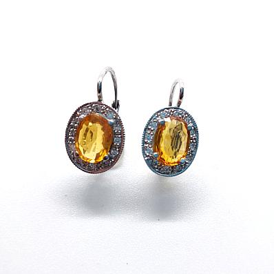 safíry a diamanty